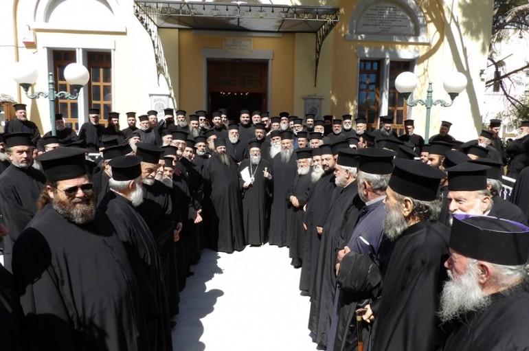Έκτακτο Ιερατικό Συνέδριο  στην Ι. Μ. Κορίνθου (ΦΩΤΟ)