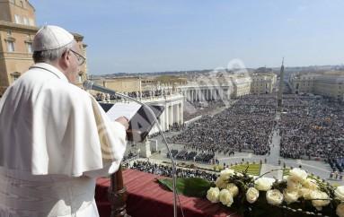 """Πάπας Φραγκίσκος: """"Μόνον ένα απεριόριστο έλεος μπορεί να μας σώσει"""""""