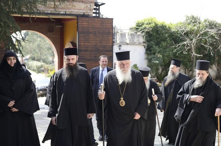 Ο Αρχιεπίσκοπος στο Ησυχαστήριο του Αγ. Γρηγορίου Παλαμά Κουφαλίων (ΦΩΤΟ)
