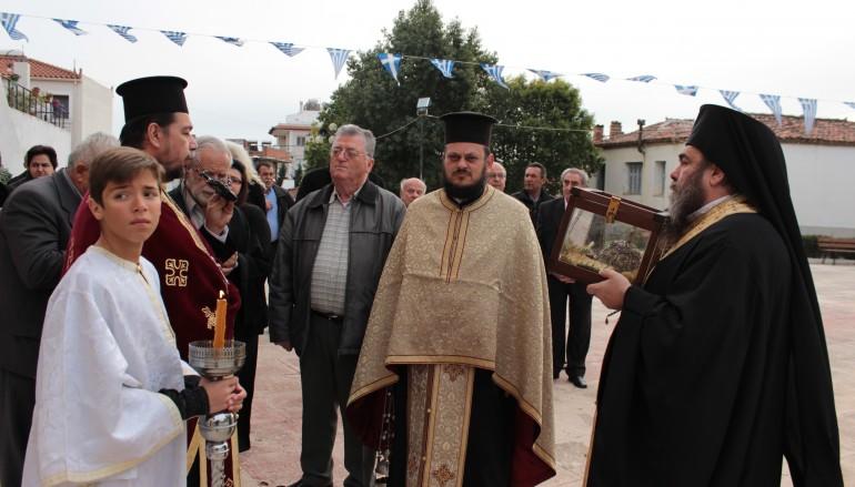 Λείψανο του Αγ. Μάμαντος υποδέχθηκε το Βασιλικό Χαλκίδας (ΦΩΤΟ)