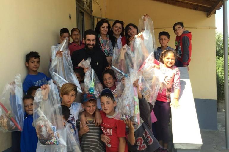 Πασχαλινά δώρα από τη Μητρόπολη Μεσσηνίας στο Δημοτικό Σχολείο Ασπροχώματος (ΦΩΤΟ)