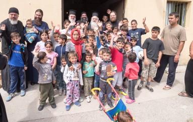 Ο Μητροπολίτης Βεροίας κοντά στους πρόσφυγες της Βέροιας (ΦΩΤΟ)