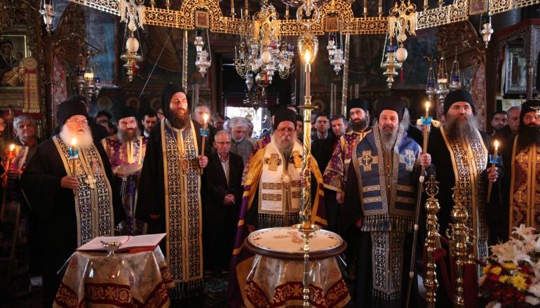 Ο Μητροπολίτης Γρεβενών στη Ιερά Μεγίστη Μονή Βατοπαιδίου (ΦΩΤΟ)