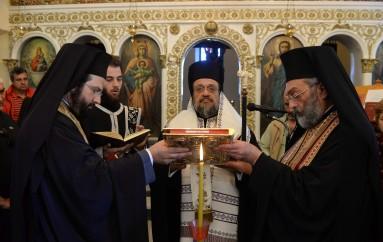 Το Ιερό Ευχέλαιο στη Μητρόπολη Μεσσηνίας (ΦΩΤΟ)