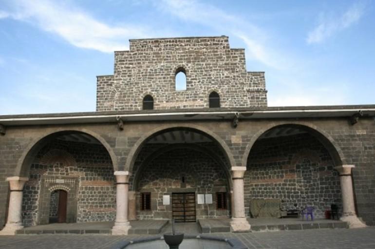 Απαλλοτρίωση έξι χριστιανικών εκκλησιών με εντολή Ερντογάν