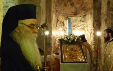 Οι Δ΄ Χαιρετισμοί στην Παναγία Κουμπελίδικη στην Καστοριά (ΦΩΤΟ)