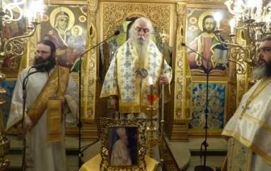Η Αγρυπνία του Ακαθίστου Ύμνου στον Μητροπολιτικό Ναό Καστοριάς (ΦΩΤΟ)