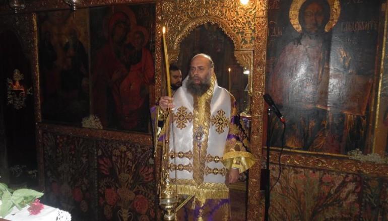 Προηγιασμένη Θεία Λειτουργία στην Ι. Μονή Αγίας Τριάδος Δρακότρυπας (ΦΩΤΟ)