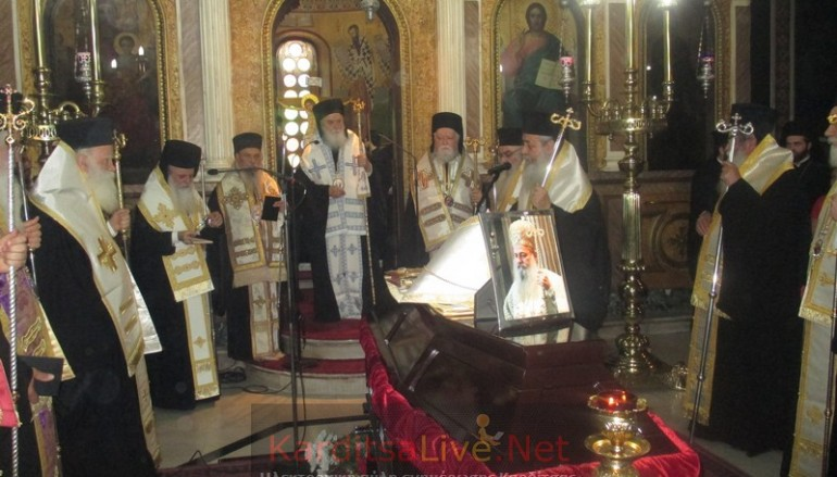 Κλήρος και λαός αποχαιρέτησαν τον Μακαριστό Επίσκοπο Ρεντίνης Σεραφείμ (ΦΩΤΟ-ΒΙΝΤΕΟ)