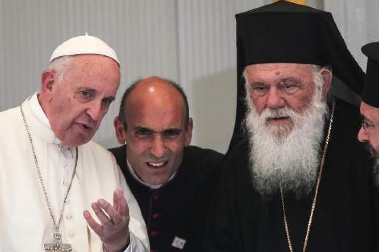 """Αρχιεπίσκοπος Ιερώνυμος: """"Δάκρυσα στη Λέσβο με το προσφυγικό δράμα"""""""