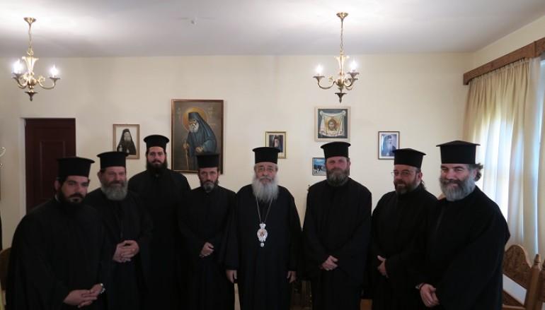 Οικονομική ενίσχυση στους αμίσθους Ιερείς της Ι. Μ. Φθιώτιδος (ΦΩΤΟ)