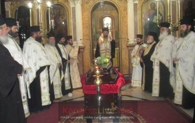 Σε λαϊκό προσκύνημα το σκήνωμα του μακαριστού Επισκόπου Ρεντίνης (ΦΩΤΟ – ΒΙΝΤΕΟ)