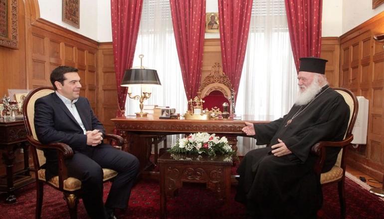 Ο Πρωθυπουργός «αδειάζει» τον Υπ. Παιδείας με επιστολή του στον Αρχιεπίσκοπο
