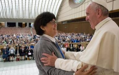 Αναστάτωση στην πρόταση του Πάπα για χειροτονία διακόνων γυναικών