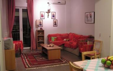 Ναός της Μυτιλήνης παραχωρεί σε φοιτητές τριάρι διαμέρισμα στην Αθήνα (ΦΩΤΟ)
