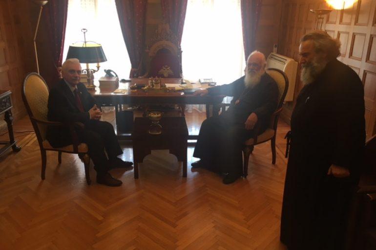 Συνάντηση του Αρχιεπισκόπου με τον Πρόεδρο του Ελληνικού Ερυθρού Σταυρού