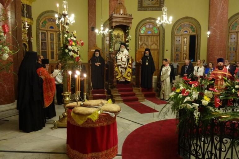 Το ευλαβικό κερί του Αιγυπτιώτη Ελληνισμού στον Άγ. Γεώργιο παλαιού Καΐρου (ΦΩΤΟ)