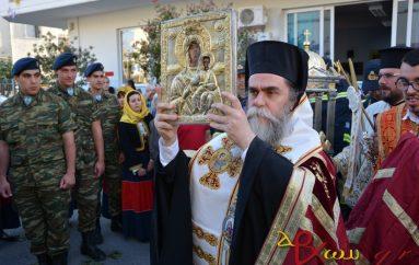 Πάνδημη υποδοχή της Παναγίας Βουλκανιώτισσας στην Καλαμάτα (ΦΩΤΟ)