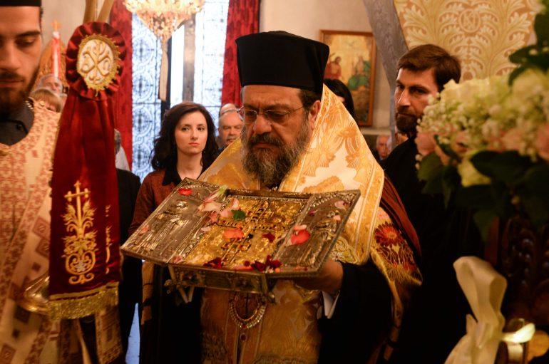 Η Καλαμάτα υποδέχθηκε Λείψανα των Αγ. Κωνσταντίνου και Ελένης και απότμημα Τιμίου Ξύλου (ΦΩΤΟ – ΒΙΝΤΕΟ)