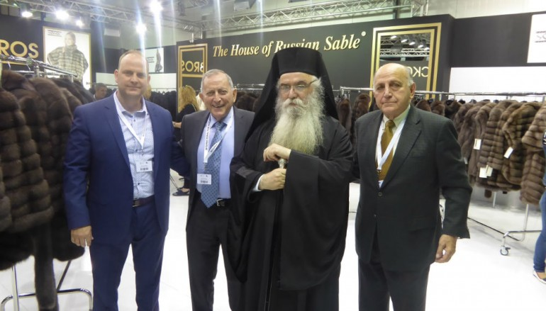 Ο Μητροπολίτης Καστορίας στα εγκαίνια της 41ης Διεθνούς Εκθέσεως Γούνας (ΦΩΤΟ)