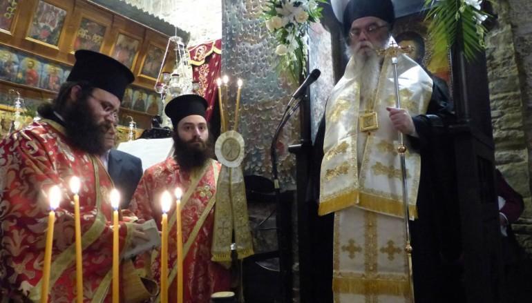 Ο Εσπερινός του Αγίου Γεωργίου του Τροπαιοφόρου στην Καστοριά (ΦΩΤΟ)