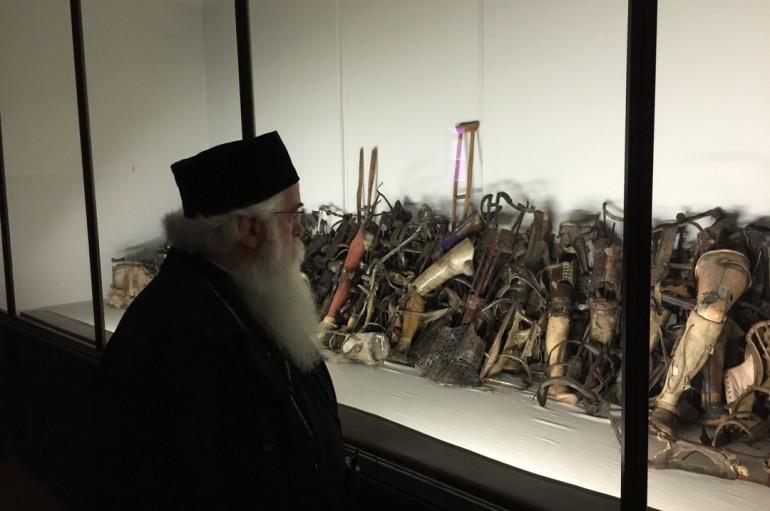 Επίσκεψη του Μητροπολίτη Δημητριάδος στο Άουσβιτς (ΦΩΤΟ)