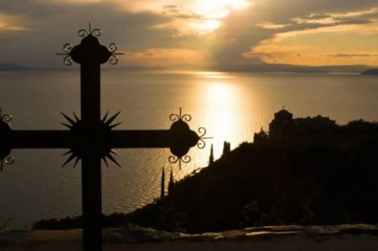 Γιατί το Άγιο Όρος ονομάστηκε Περιβόλι της Παναγίας;