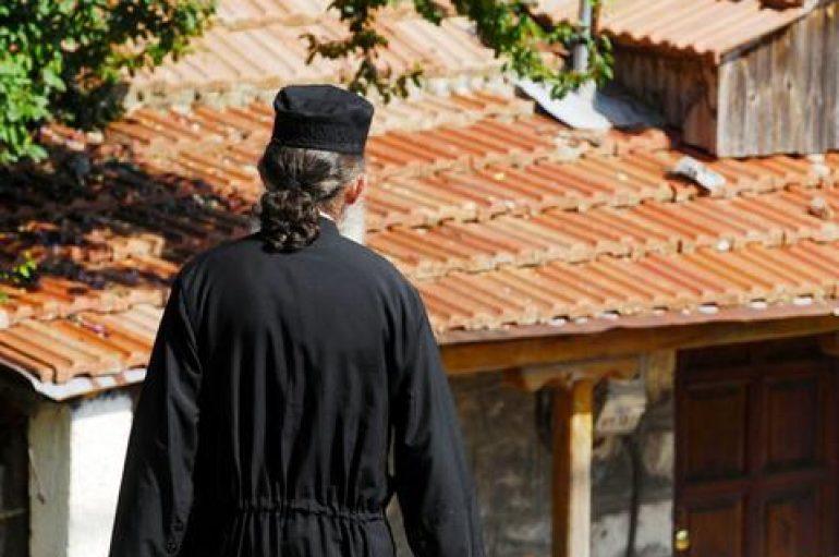 Ανακοίνωση της Αρχιεπισκοπής Κρήτης για δράση άγνωστου ρασοφόρου (ΒΙΝΤΕΟ)