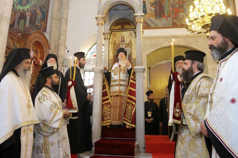 Ο Πατριαρχικός Εσπερινός στον Ι. Ναό  Αγίου Τίτου στο Ηράκλειο Κρήτης (ΦΩΤΟ)