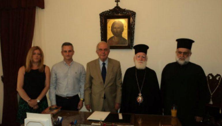 Στον Αρχιεπίσκοπο Κρήτης Ειρηναίο ο Δήμαρχος Ηρακλείου