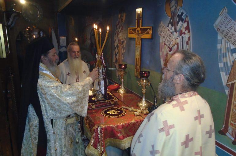 Εόρτασε το παρεκκλήσιο της Παναγίας του Άξιον Εστί στην Πάτρα (ΦΩΤΟ)