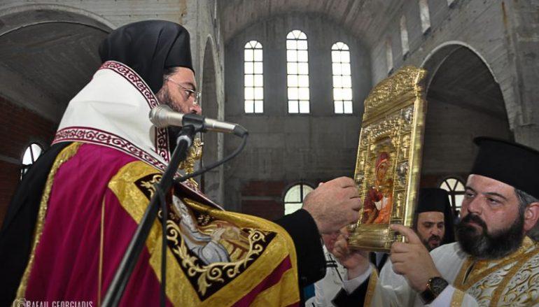 Εσπερινός του Αγίου Ευγενίου του Τραπεζουντίου στην Ι. Μ. Μαρωνείας (ΦΩΤΟ)