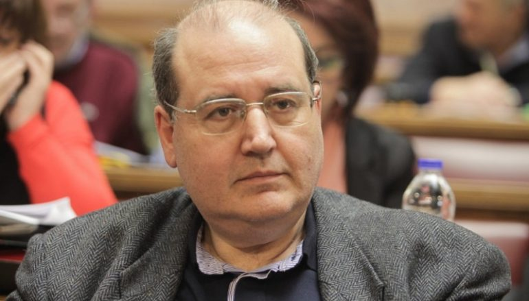 Νίκος Φίλης: «Οι Σύλλογοι διδασκόντων θα αποφασίζουν για προσευχή και εκκλησιασμό» (ΒΙΝΤΕΟ)