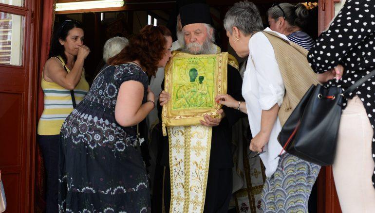 Η Παναγία Βουλκανιώτισσα επέστρεψε στο θρόνο της (ΦΩΤΟ)