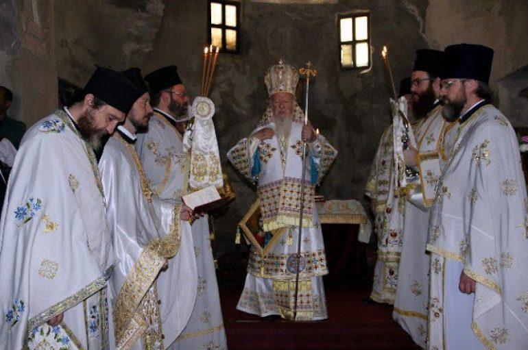 Πατριαρχική Λειτουργία στη Σινασό της Καππαδοκίας (ΦΩΤΟ)