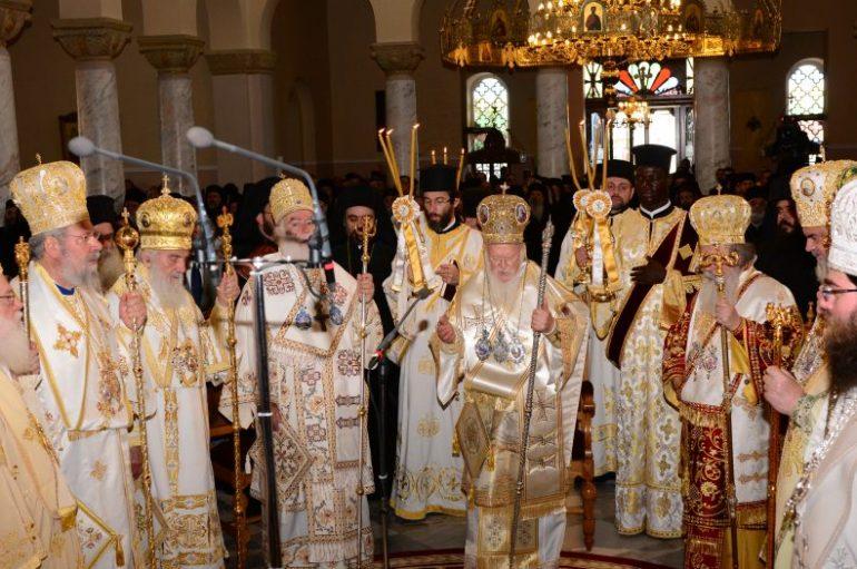 Διορθόδοξη και Συνοδική Θεία Λειτουργία στα Χανιά (ΦΩΤΟ)