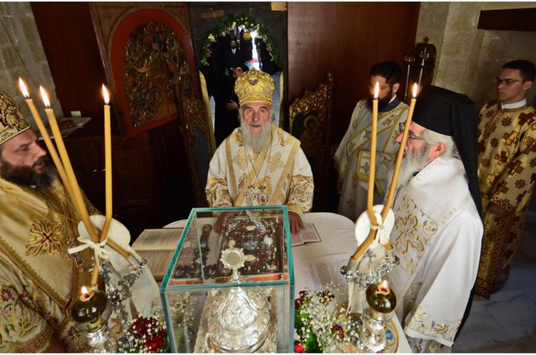 Πατριαρχική Θ. Λειτουργία των Σέρβων στην Μονή Γωνιάς (ΦΩΤΟ – ΒΙΝΤΕΟ)