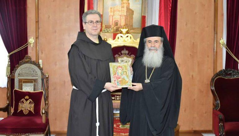 Ο νέος Κουστωδός της Αγίας Γης επισκέφθηκε τον Πατριάρχη Ιεροσολύμων (ΦΩΤΟ – ΒΙΝΤΕΟ)