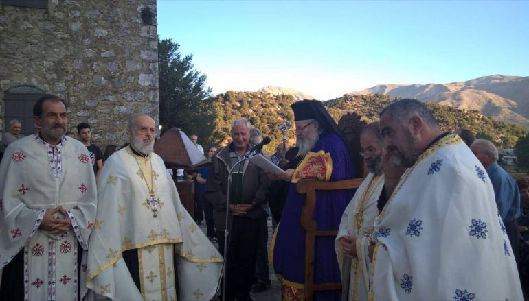 Αρχιερατικός Εσπερινός του Αγίου Παντελεήμονος στον Ομαλό Χανίων (ΦΩΤΟ)