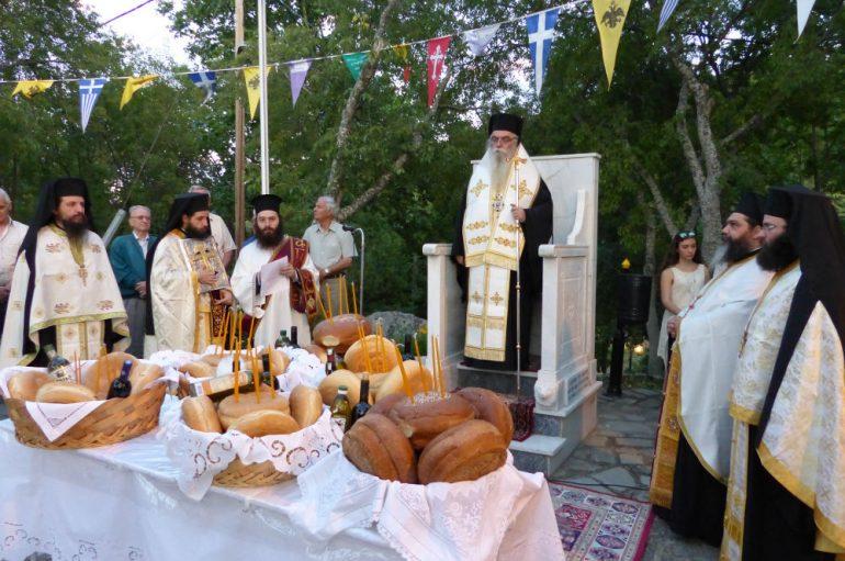 Ο εσπερινός του Προφήτου Ηλιού στην Καστοριά (ΦΩΤΟ)