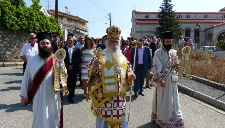 Την πολιούχο του Αγία Παρασκευή γιόρτασε το Άργος Ορεστικό (ΦΩΤΟ)