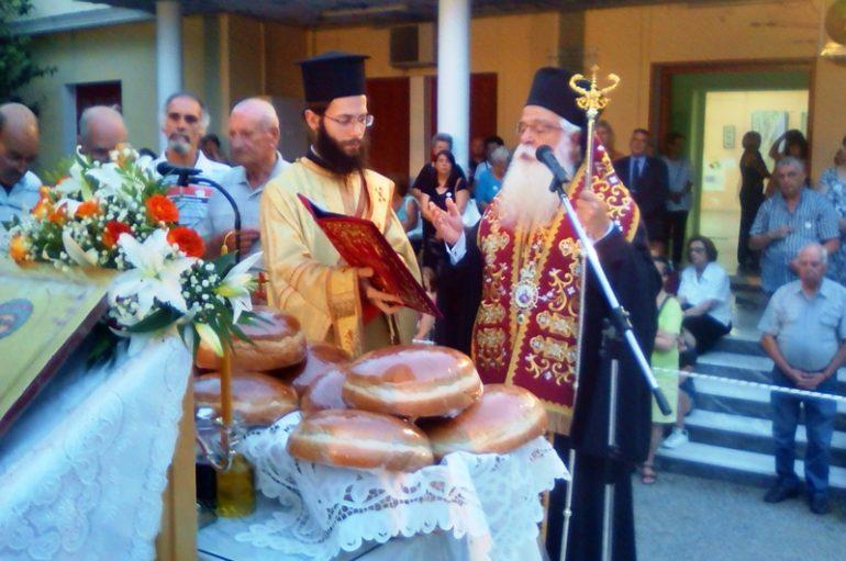 Η μνήμη του Αγίου Παντελεήμονος σε Βόλο και Αγιά (ΦΩΤΟ)