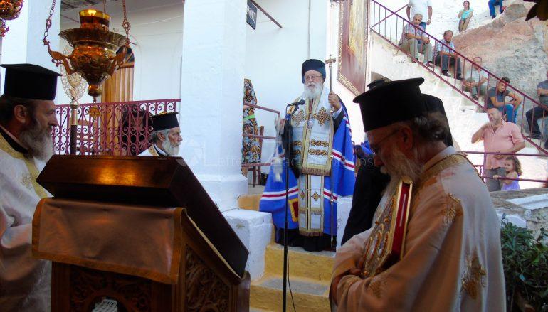 Πανηγυρικός Εσπερινός στην Ι. Μονή της Ελώνης Λεωνιδίου Κυνουρίας (ΦΩΤΟ)