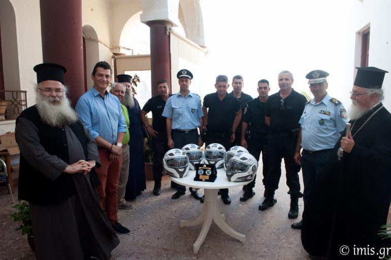 Η Μητρόπολη Σητείας δώρησε κράνη για την ομάδα «ΔΙ.ΑΣ» Ιεράπετρας (ΦΩΤΟ)