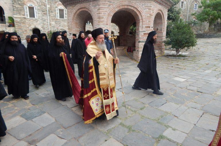 Επίσκεψη του Επισκόπου Κερνίτσης στο Άγιον Όρος (ΦΩΤΟ)