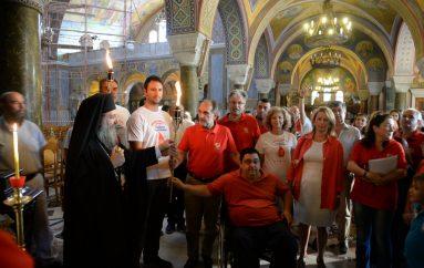 Πανελλήνια λαμπαδηδρομία του Συλλόγου εθελοντών αιμοδοτών στην Πάτρα (ΦΩΤΟ)