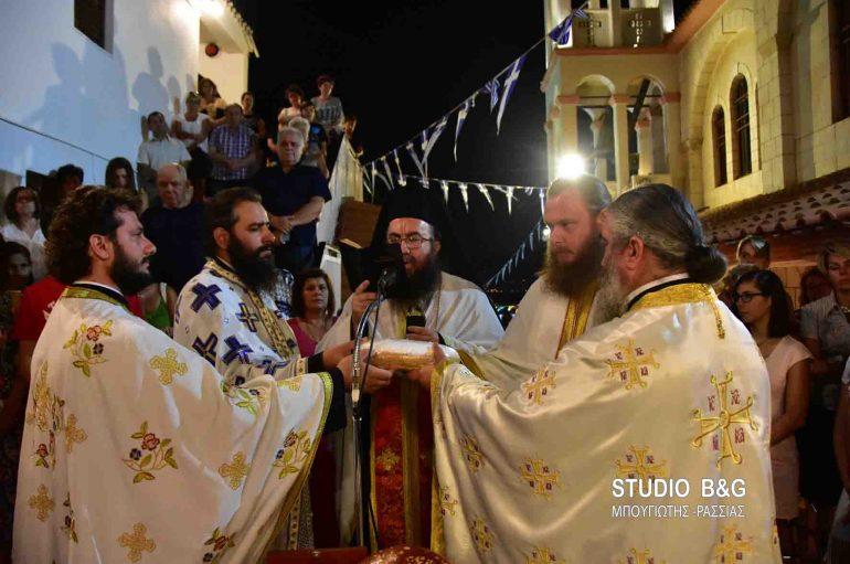Εσπερινός του Αγίου Φανουρίου στο Ναύπλιο (ΦΩΤΟ – ΒΙΝΤΕΟ)