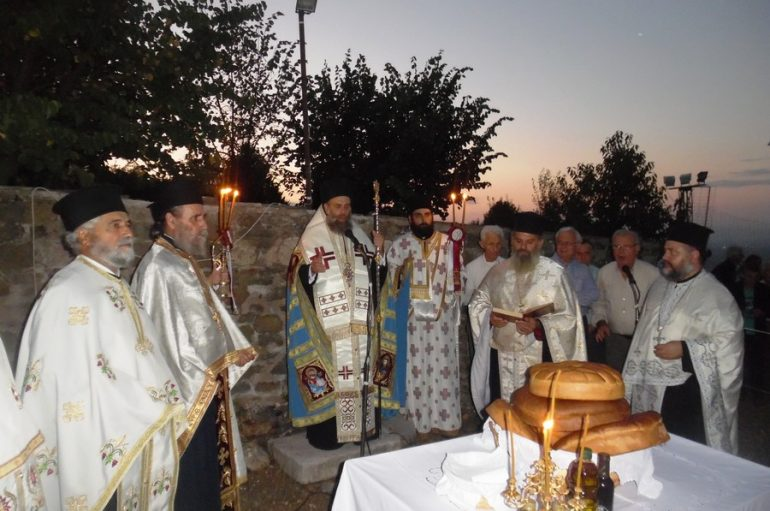 Αρχιερατικός Εσπερινός στην Ιερά Μονή Τιμίου Προδρόμου Παληουρίου Καρδίτσης (ΦΩΤΟ)
