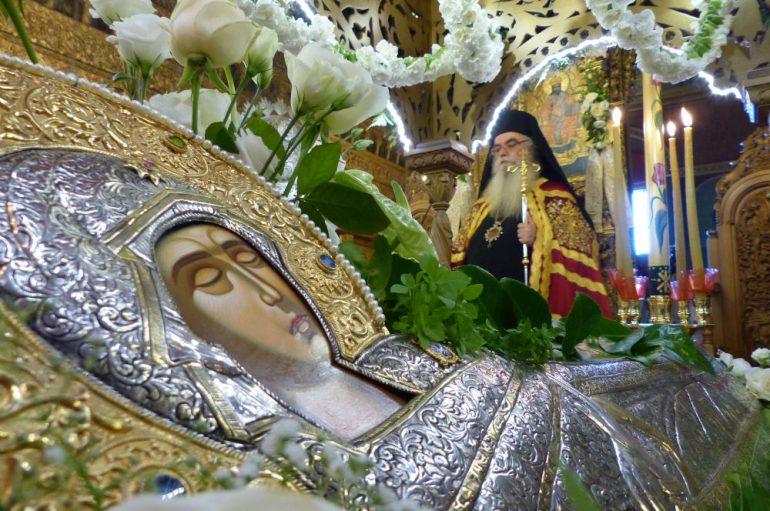 Ο Εσπερινός της Κοιμήσεως της Θεοτόκου στην Καστοριά(ΦΩΤΟ – ΒΙΝΤΕΟ)