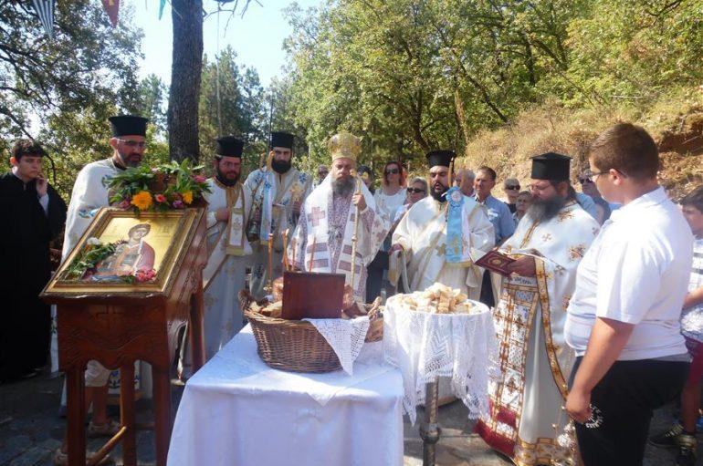 Εορτή του Αγίου Νεομ. Κωνσταντίνου του εκ Καππούας στην Ι. Μ. Θεσσαλιώτιδος (ΦΩΤΟ)